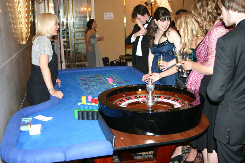 roulette ball spinning