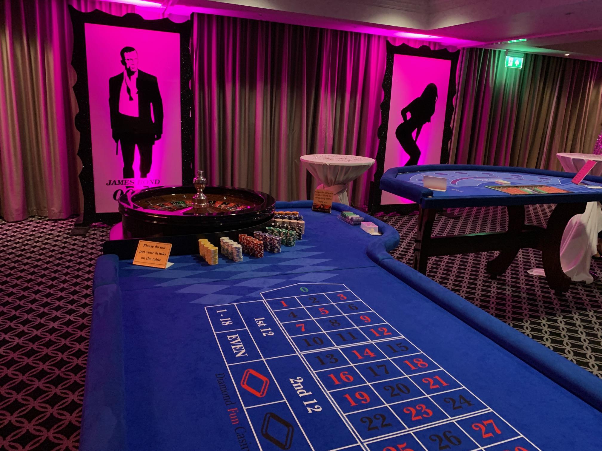 Cambridge mobile casino jennings silver dollar slot machine